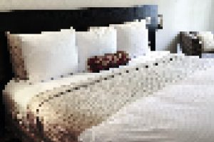 cropped-photodune-200120-bedroom-with-comfortable-bed-m.jpg